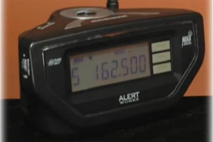 Cincinnati Tornado Victims Get Free NOAA Weather Radios_5127839630043400719