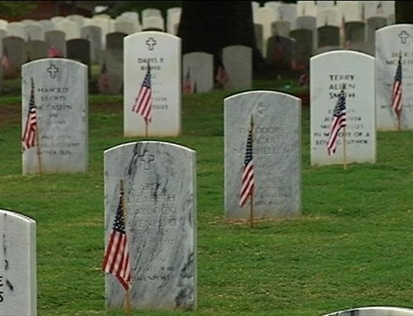 Roll Call of Honor Remembers Thousands of Veterans_5547717077964180326