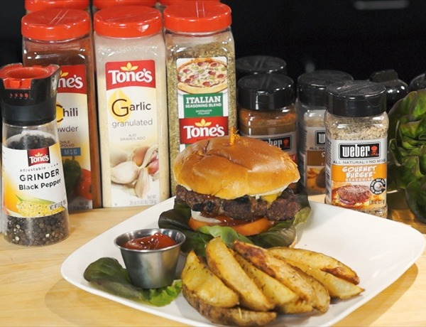 Cooking Today_ Jalapeno Stuffed Burger with Oven Fries_6285502804849803273