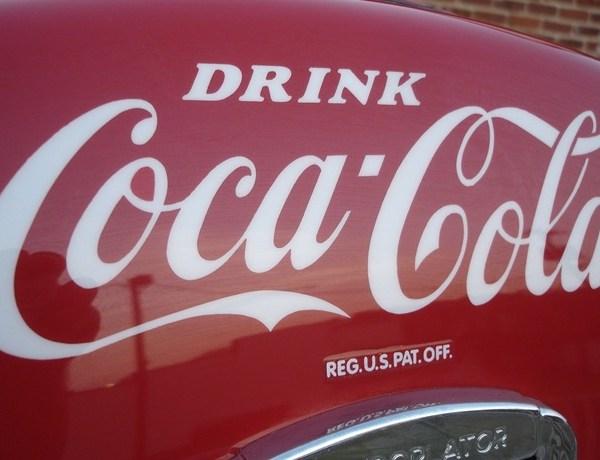 coca cola_-8540886456531728988
