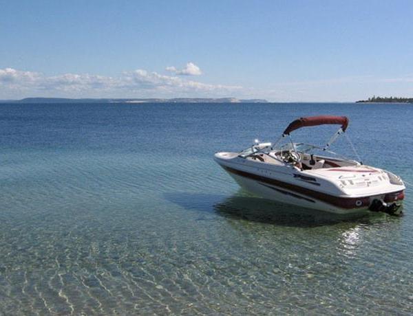 Testing Water at Beaver Lake_-4831095485421370554