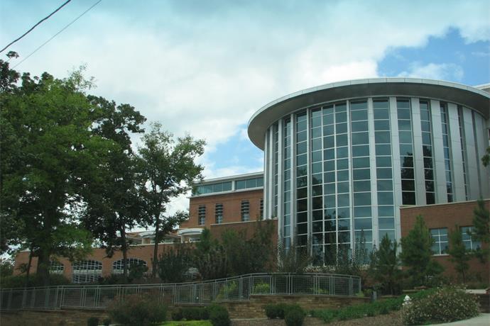 Fayetteville Public Library_4345894351982773994