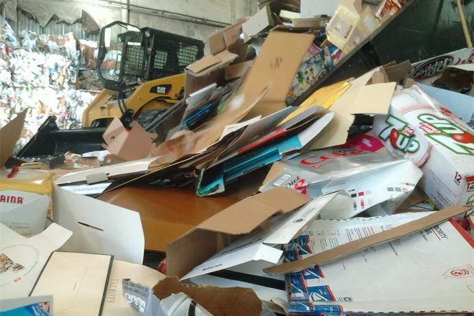 What can be recycled versus what can't be___-2968745915807479113