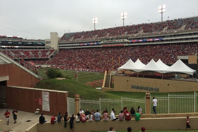 Donald W. Reynolds Razorback Stadium_-4207064565801924121