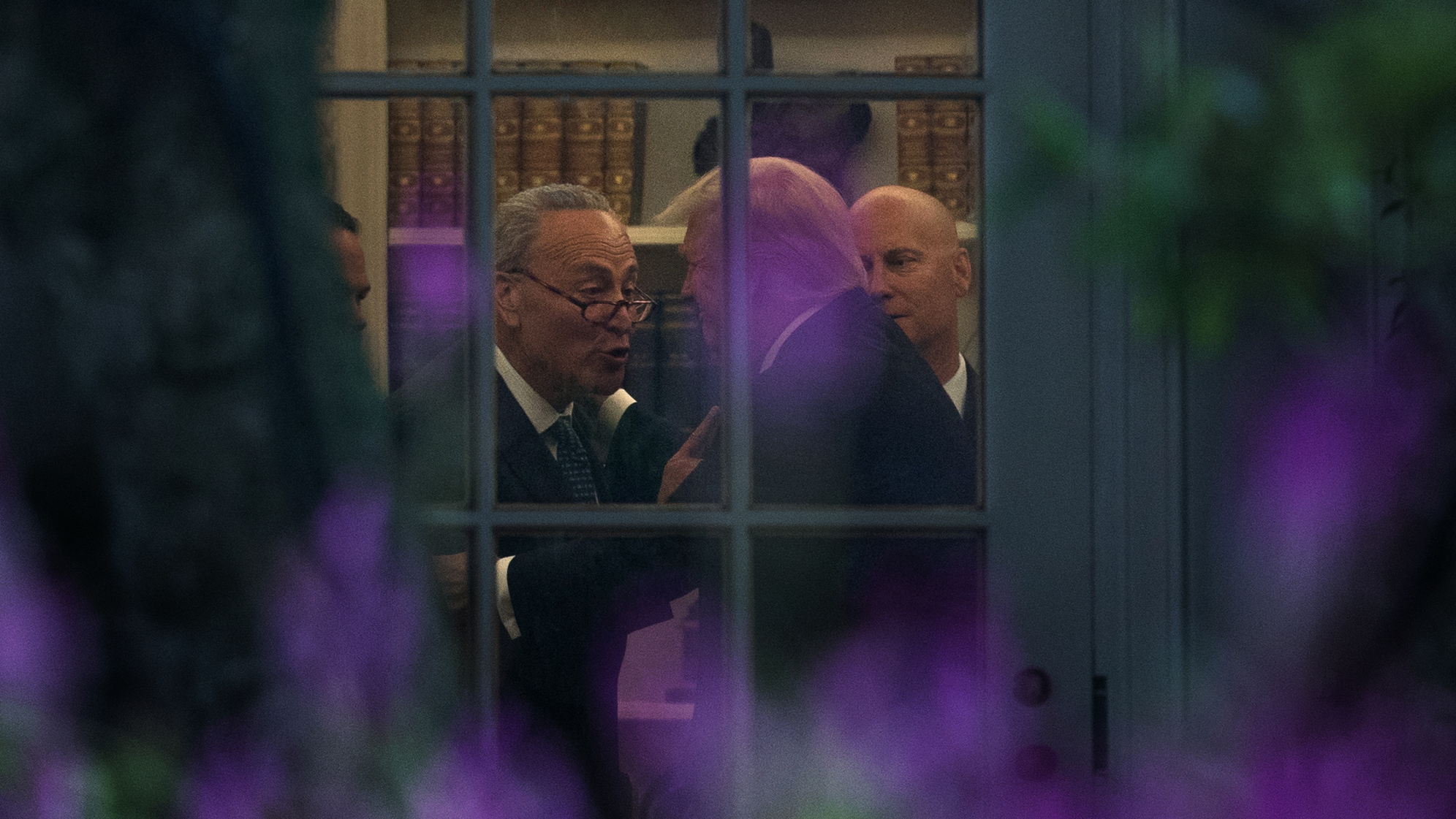 Chuck Schumer Donald Trump in Oval Office, White House12639293-159532
