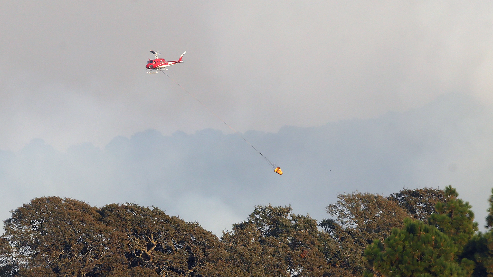 Helicopter Atlas Fire California Wildfire-159532.jpg78727957