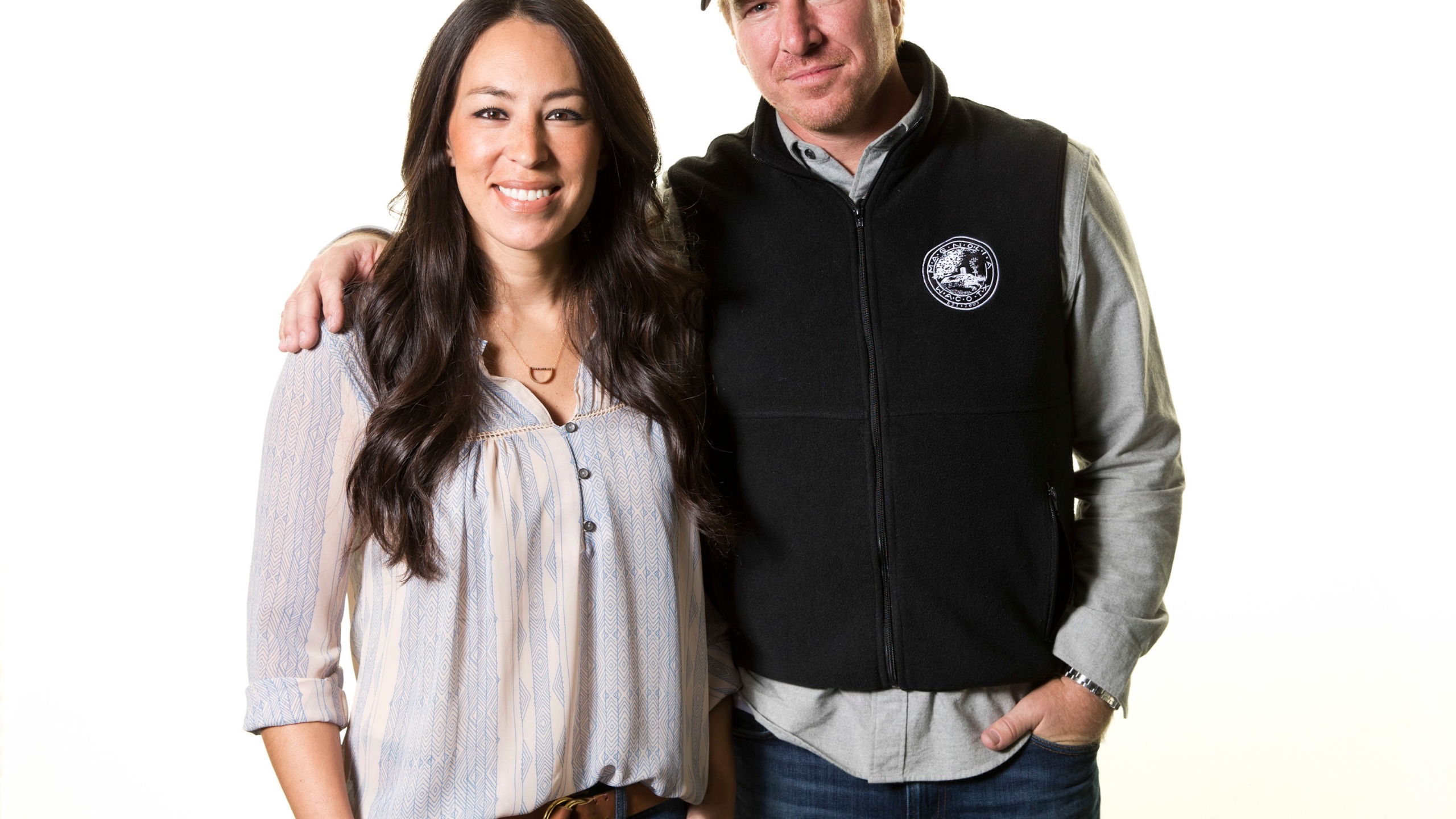 People_Chip_and_Joanna_Gaines_69102-159532.jpg08985066