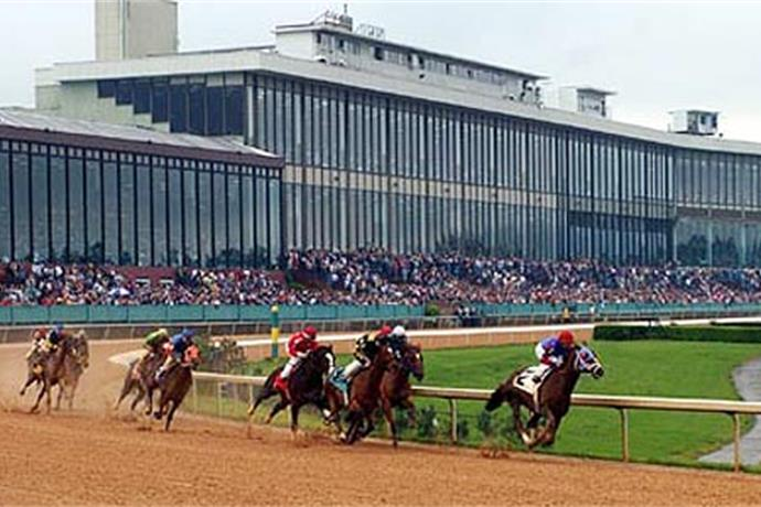 Rain Causes Oaklawn to Cancel Live Races Opening Weekend_4084697203681084800