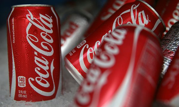 Coca-Cola Coke cans on ice_1508946789956_311024_ver1.0_640_360_1528897772583.jpg.jpg