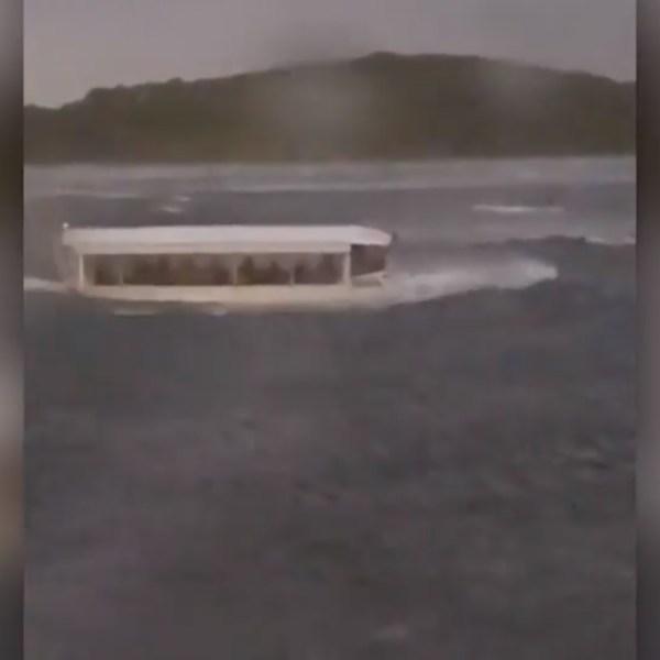 boat_1532110528061.jpg