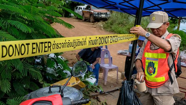 thai cops cave_1531218862386.jpg_385064_ver1.0_640_360_1531220843268.jpg.jpg