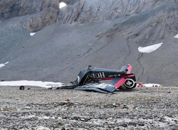 180805092514-01-swiss-alps-plane-crash-0805-restricted-exlarge-169_1533494288940.jpg