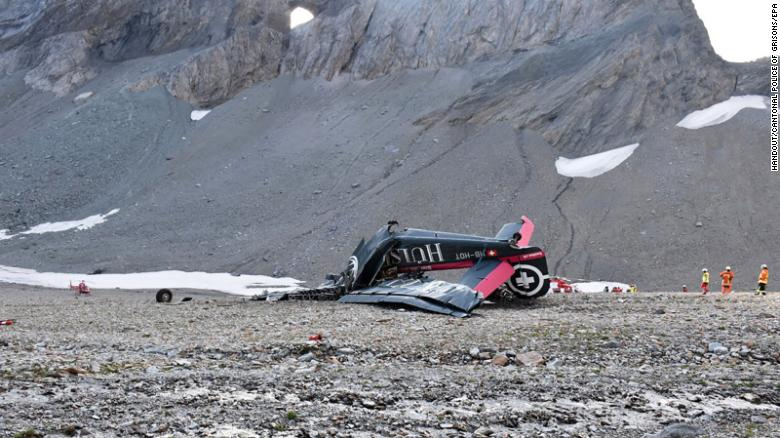 180805092514-01-swiss-alps-plane-crash-0805-restricted-exlarge-169_1533494288940.jpg