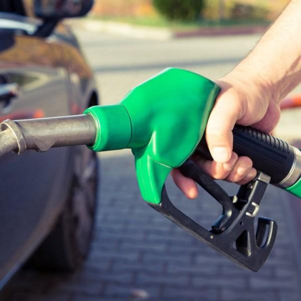 green-living-clean-air-gas-pump_1520350332777_348549_ver1_20180307055701-159532