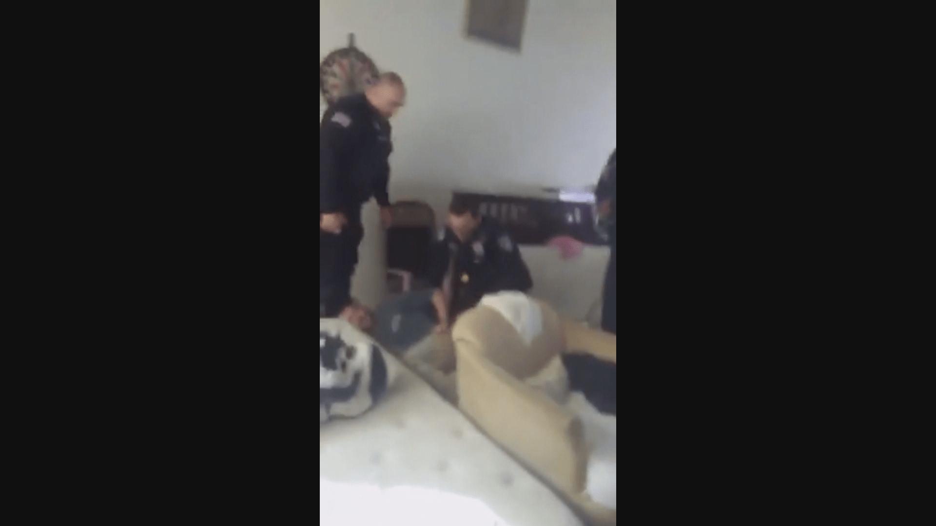 POLICE OFFICER VIDEO_frame_990_1540241646045.png.jpg