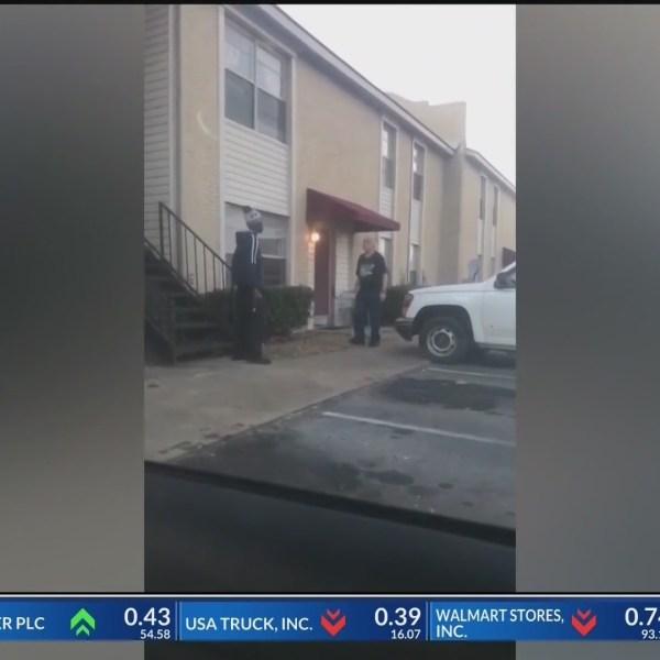 Attack_of_Elderly_Man_Caught_on_Camera_i_0_20181213125908