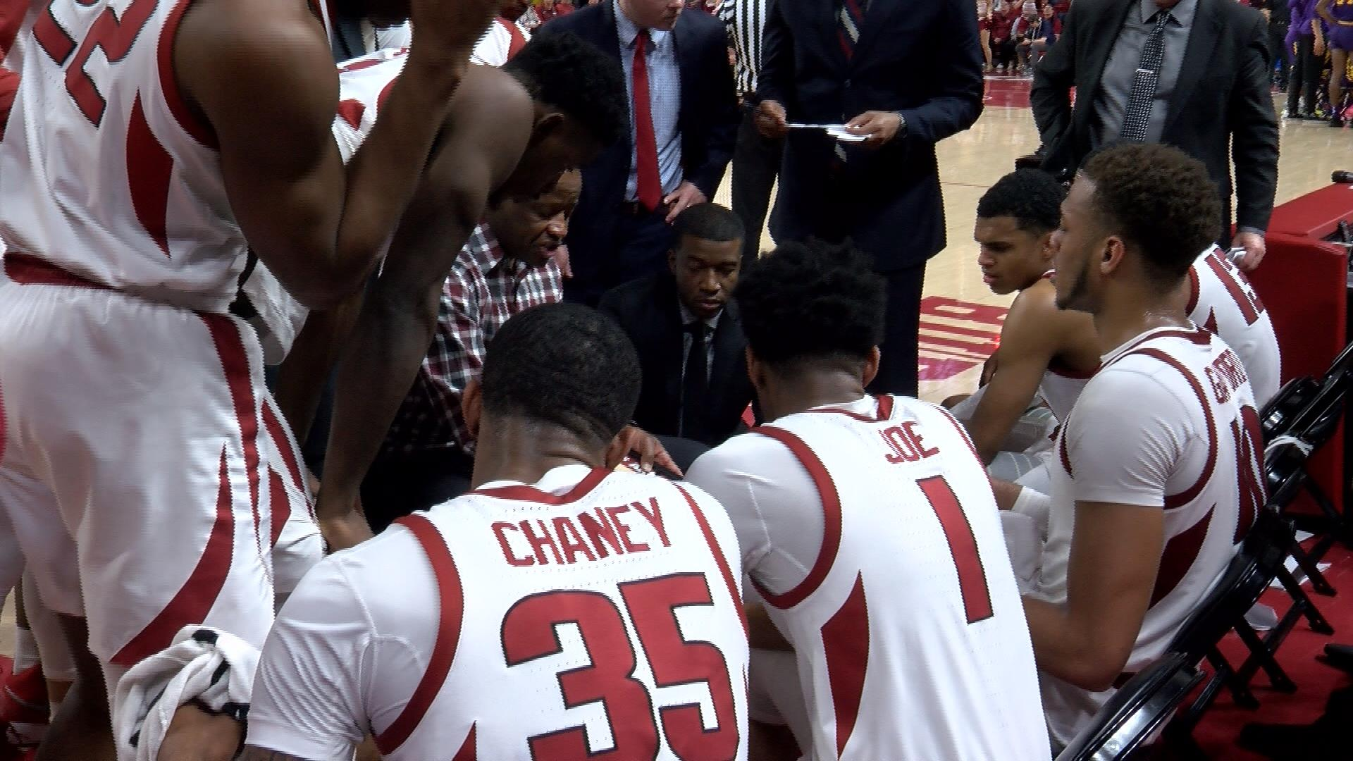 ark hoops huddle.jpg