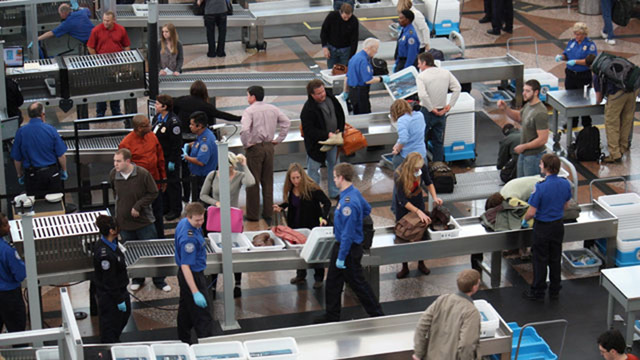 TSA,%20airport%20security_1463074428558_94795_ver1.0_640_360_1547332494716.jpg