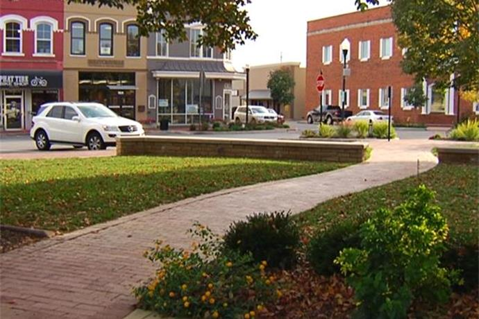 Electrical Work to Disrupt Power on Bentonville Square_-6935477926990099195