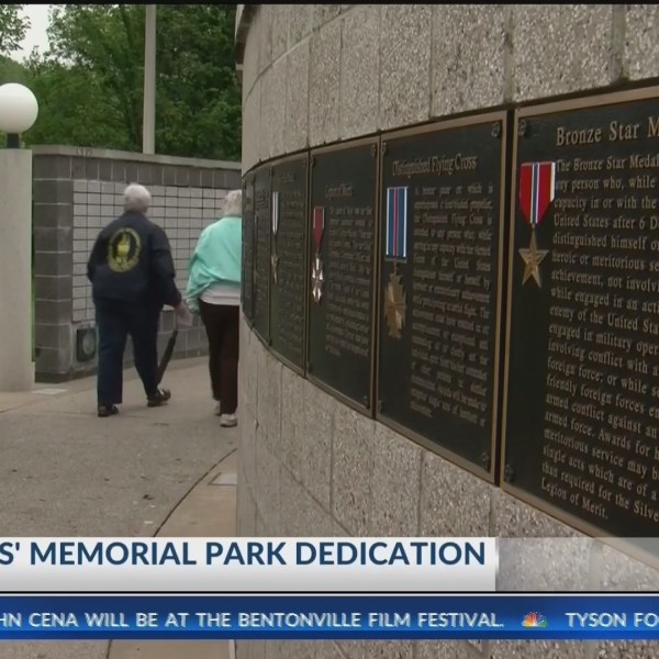 Bella_Vista_Dedicates_Veterans_Memorial__0_20190505164644