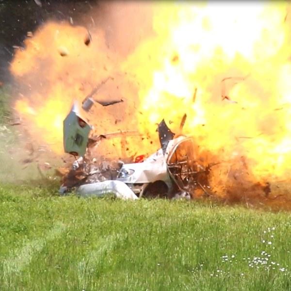 Fayetteville Fire Blows up car - 4_1558132470099.jpg.jpg