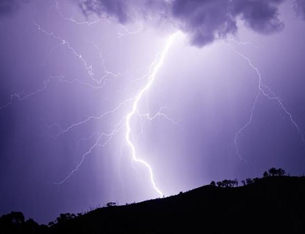 Lightning Strikes in NWA_-88807191116037570