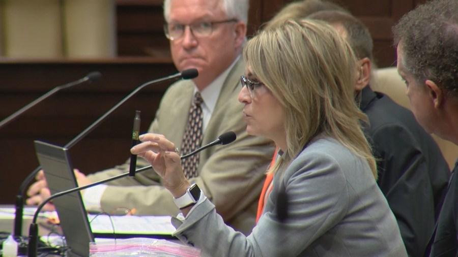 Teen vaping prevalent in Northwest Arkansas, student found unresponsive after taking hit