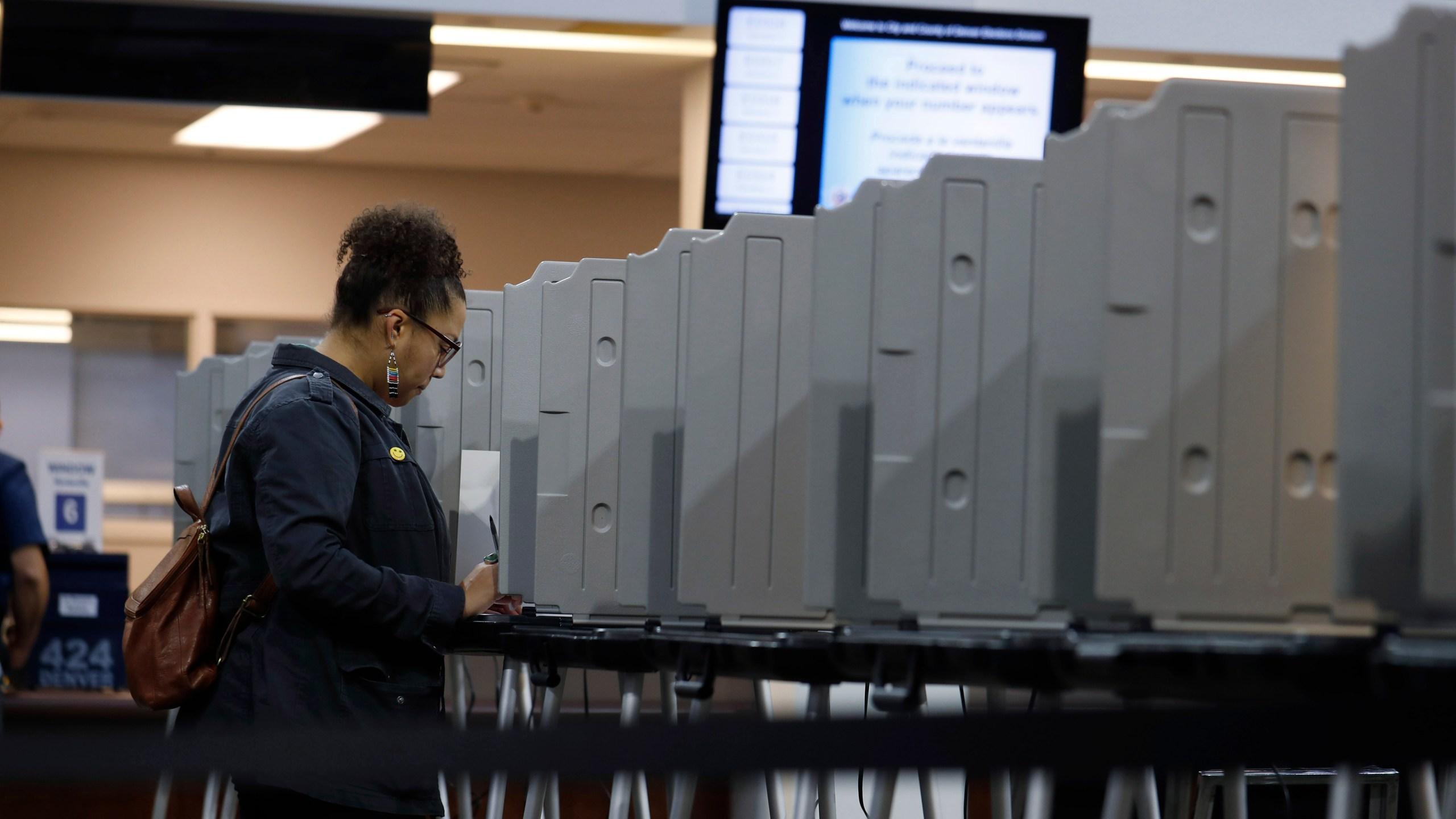 lone voter in denver, r m