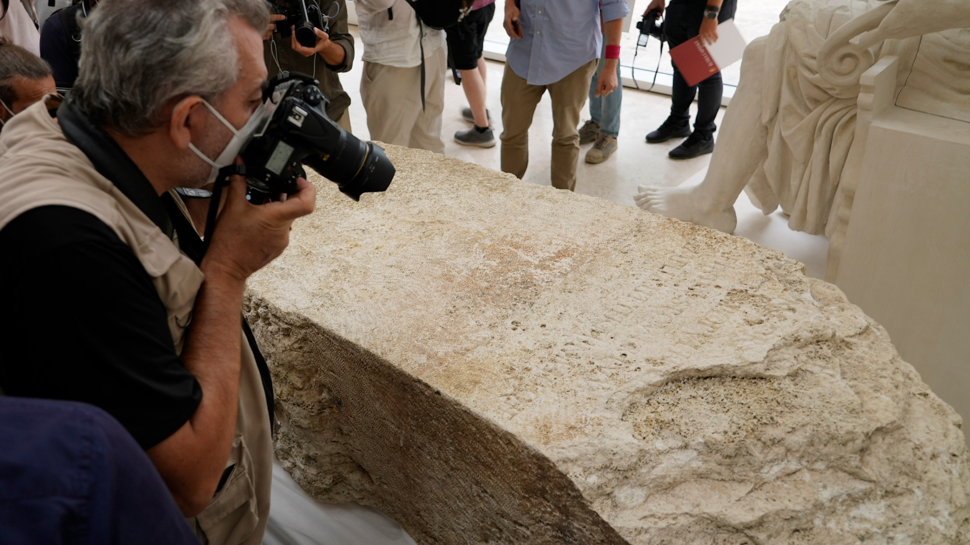 Rare stone discovered outlining ancient Rome's city limits ...